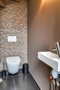A bathroom at LOFT A BASTILLE