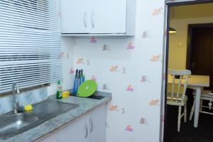 Una cocina o zona de cocina en Thé Granary