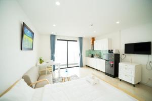 Vinhomes D'capitale Tran Duy Hung Street - Studio Apartment