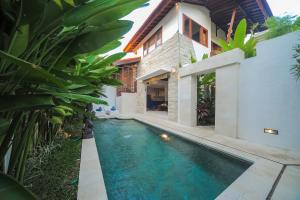 The swimming pool at or close to Villa COSMO, Seminyak