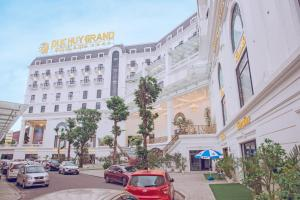 Duc Huy Grand Hotel