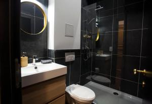 A bathroom at Daily Apartments- Central Riverside Residence