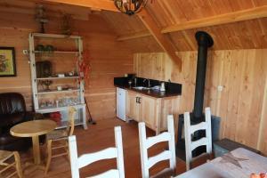 Een keuken of kitchenette bij Vakantiewoning Pardoes