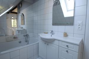 A bathroom at La Villa Flore