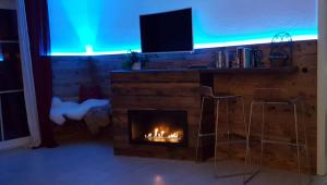 A television and/or entertainment center at Landlust am See