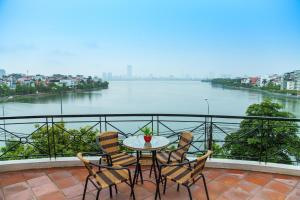 Lake View Serviced Apartment -Xuan Dieu