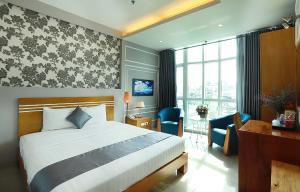Lucky Star Hotel 266 De Tham (New Pearl Hotel)