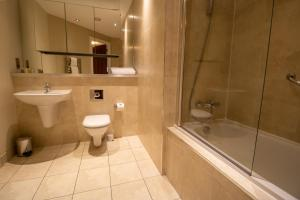 A bathroom at The Chambers