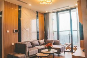 BNT Home 2BR Vinhome Skylake, KeangNam Mỹ Đình