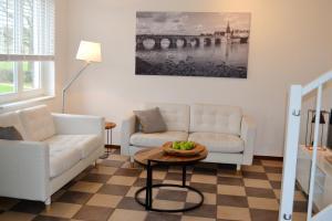 A seating area at Buitenplaats De Mechelerhof