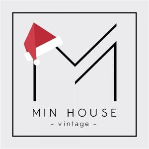 M I N House's