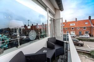 A balcony or terrace at Beach House Zandvoort