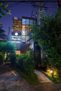 Phạm Vân Sakura Hotel