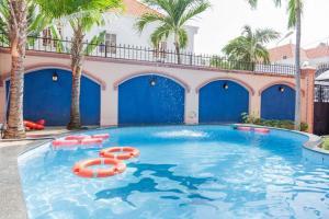 Villa hồ bơi F1 Lạc Long Quân (Bida)