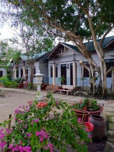 cambinh village
