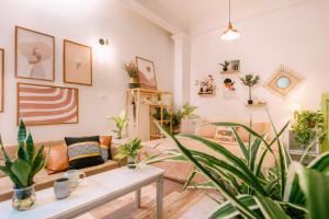 Avocado apartment