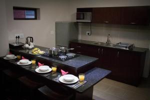 A kitchen or kitchenette at Apple@Jbay