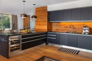 A kitchen or kitchenette at Prestige Sea View Villa