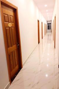 HOTEL TÂN KHỞI ĐẠT