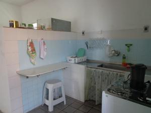 A kitchen or kitchenette at Casa na Praia de Atalaia