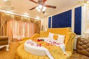 King's Hotel Dịch Vọng
