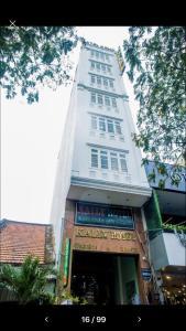 HOTEL KALLY