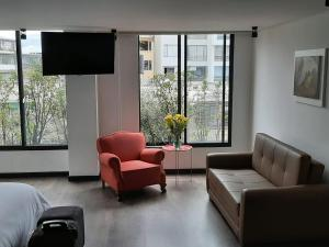 A seating area at Apartach