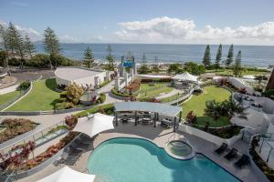 A view of the pool at Mantra Mooloolaba Beach or nearby