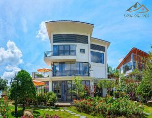 Villa Nam Hồ ( Đồi Gió Hú ) - View Hill Pine Forest DaLat