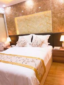 khách sạn vienna