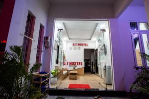 5.T Hostel