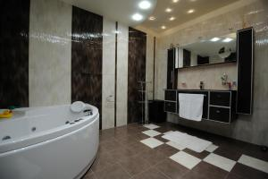 A bathroom at Heaven Lux Apartments