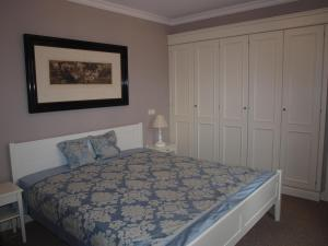 Ein Bett oder Betten in einem Zimmer der Unterkunft Ferienwohnung Zauberhaft