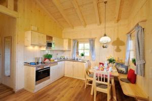 Küche/Küchenzeile in der Unterkunft Lamplhof