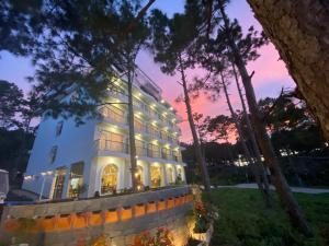 Romeo & Juliet Dalat Resort
