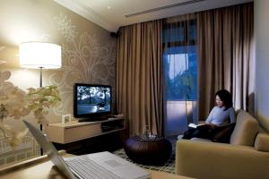 A television and/or entertainment center at Fraser Suites Singapore