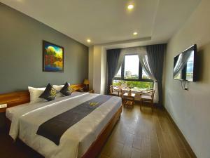 Royal Khanh Hotel