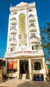NHÃ TRANG HOTEL