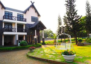 Coffee Tour Resort