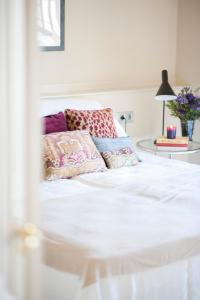 Katil atau katil-katil dalam bilik di Glocal Apartments Barcelona