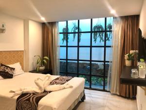 Lộc Phú Hotel
