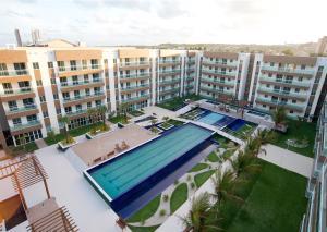 Uma vista da piscina em Sun Residence ou nos arredores