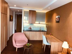Moon Villa and Apartment DaNang