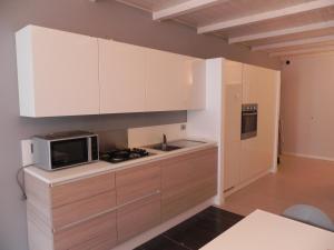 A kitchen or kitchenette at Il Caravaggio