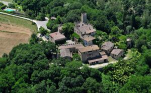 A bird's-eye view of Castello di Montalto