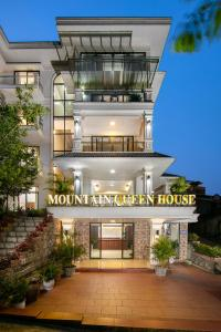 Mountain Queen House