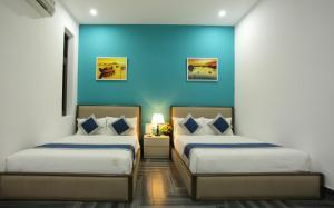 Aroya Hotel