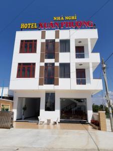 Khách sạn Xuân Phượng
