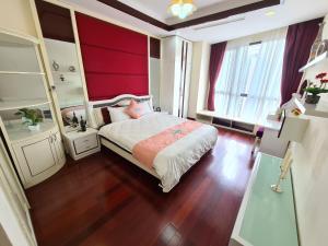 Royal City - Homestay Apartment