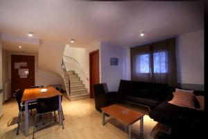 Zona de estar de Apartaments Turístics Prat de Les Mines